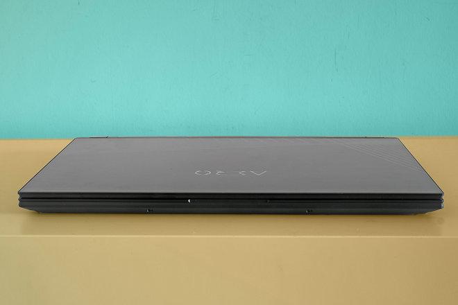 156505-laptops-review-gigabyte-aero-15-oled-review-image3-vsmbd0gnqc.jpg