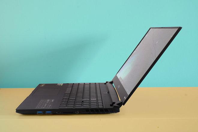 156505-laptops-review-gigabyte-aero-15-oled-review-image6-acguljwb6h.jpg