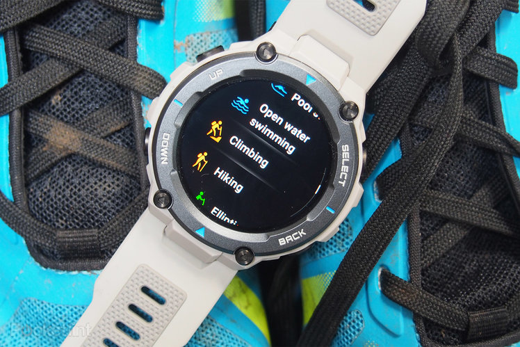 156623-fitness-trackers-review-amazfit-t-rex-pro-review-image17-9g7xerjoyf-1.jpg