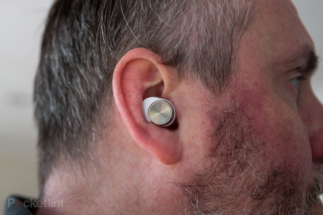 156646-headphones-review-hands-on-bowers-and-wilkins-pi7-review-images-image16-gt7hiwdm0q.jpg