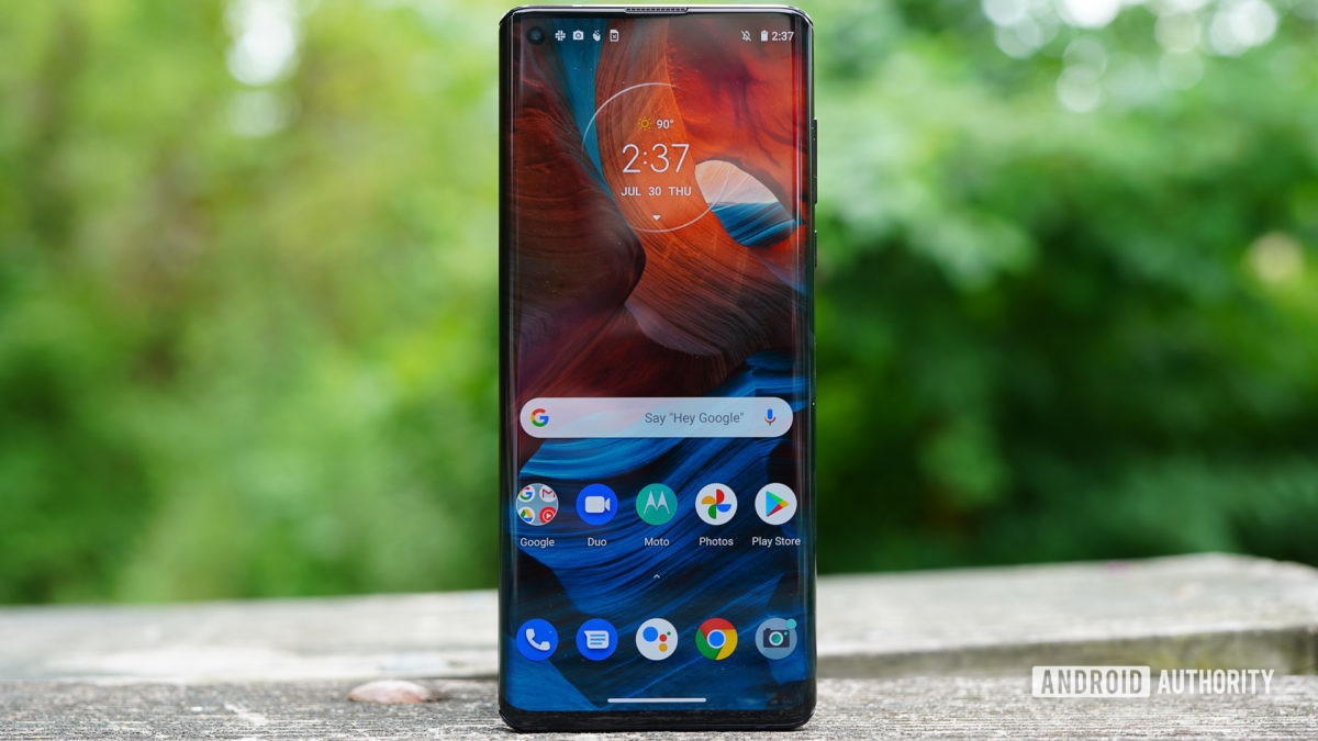 Motorola-Moto-Edge-front-view-1200x675-2