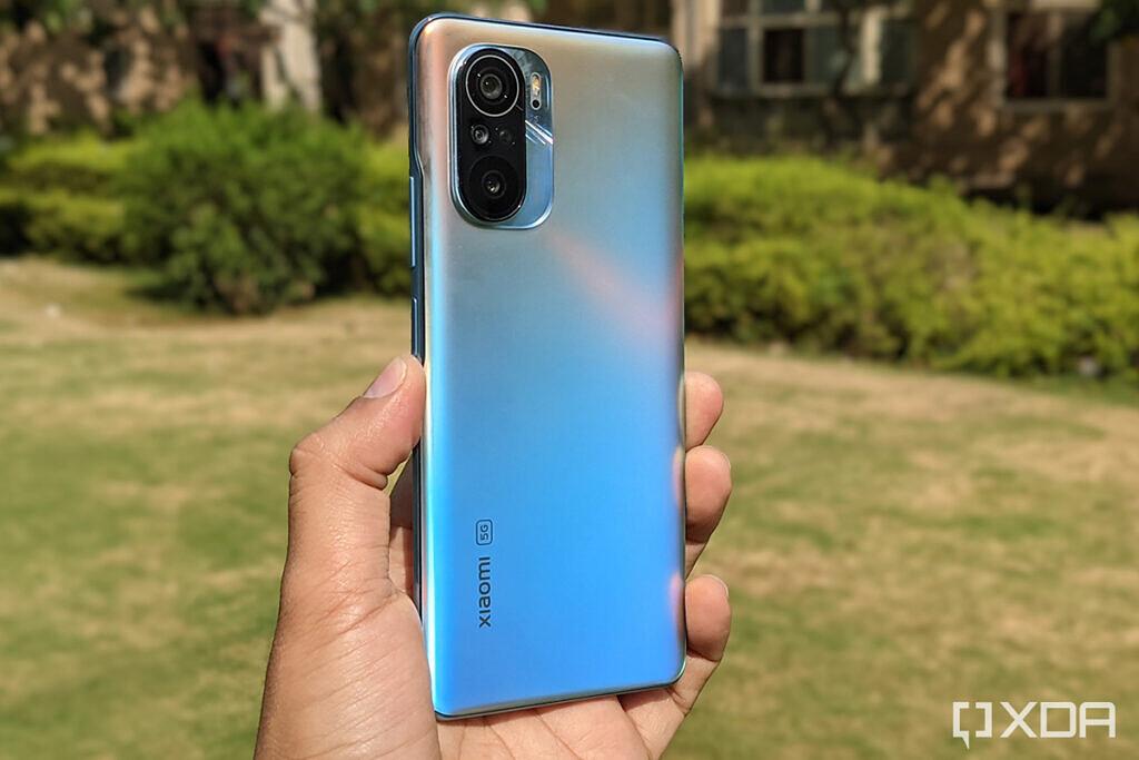 Xiaomi-Mi-11X-Pro-Celestial-Silver-blue-1024x683-1.jpg