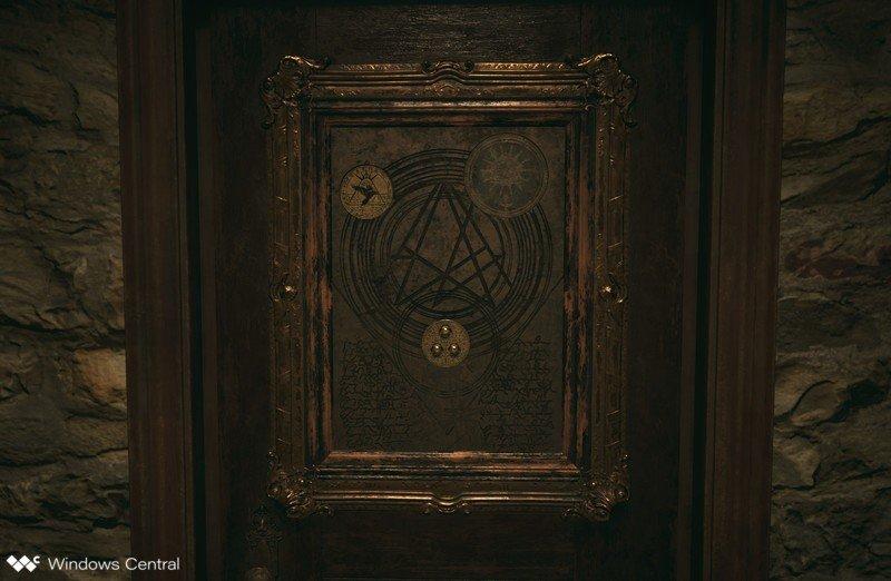 reisdent-evil-village-medallion-door-crop.jpg