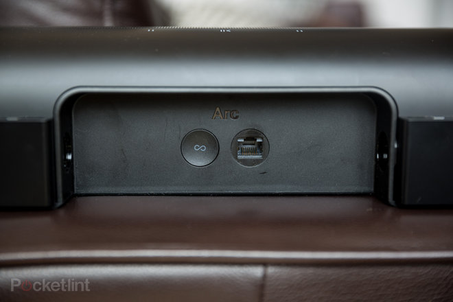 152429-speakers-review-sonos-arc-review-images-pl-review-image1-zx9xfyll2p.jpg