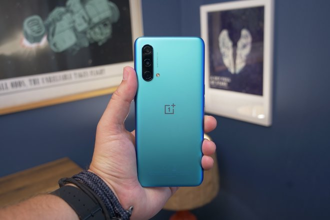 157295-phones-review-oneplus-nord-ce-hardware-image14-qfld3h42wo.jpg