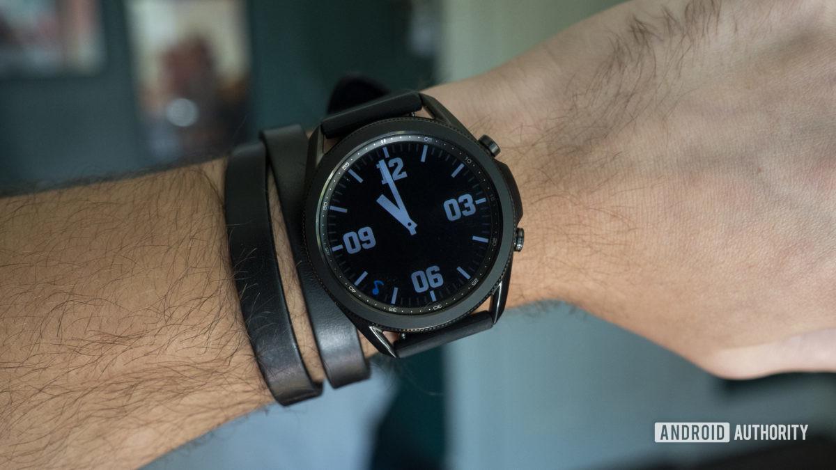 samsung galaxy watch 3 review on wrist always on display