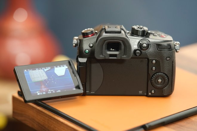 157036-cameras-review-hands-on-panasonic-lumix-gh5-mk2-initial-review-image2-cy0pads3ve.jpg