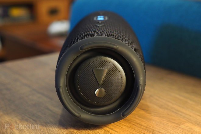 157610-speakers-review-jbl-charge-5-review-image5-7cjvbzipoq.jpg