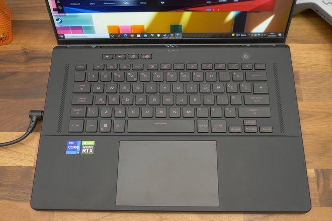 157693-laptops-review-asus-rog-zephyrus-m16-review-image8-iqotwplaxd.jpg
