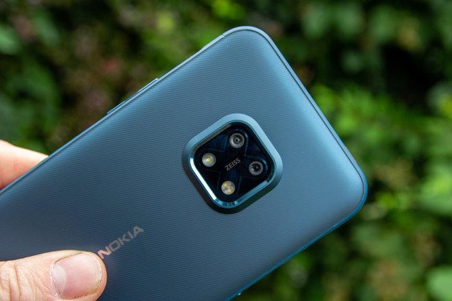157813-phones-review-hands-on-nokia-xr20-review-image13-9ftcwjsdo1.jpg