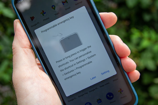 157813-phones-review-hands-on-nokia-xr20-review-image5-x2aniwh8k4.jpg