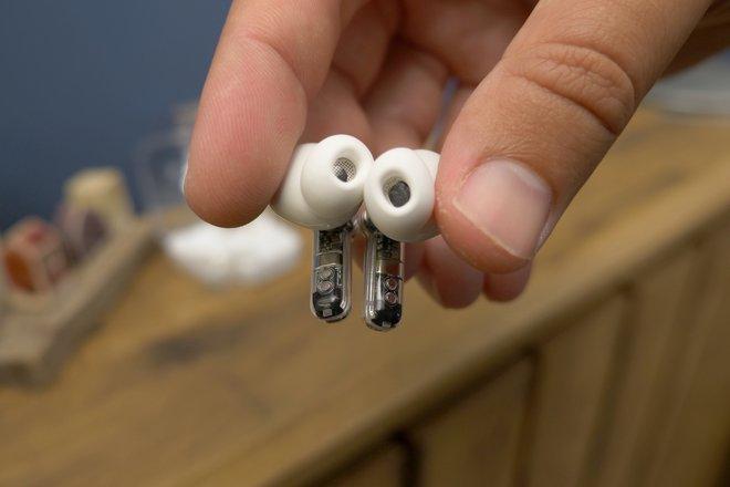 157847-headphones-review-nothing-ear-1-review-image5-kwhxlotqeb.jpg