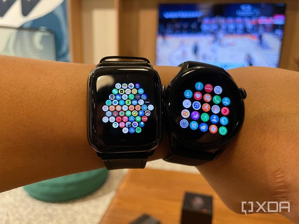 The app screen on the Apple Watch 6 and the Huawei Watch 3.