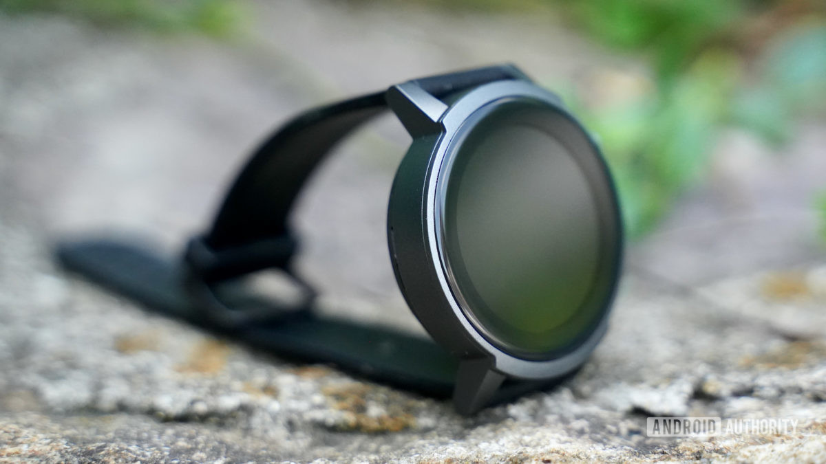 Mobvoi TicWatch E3 left profile with face off