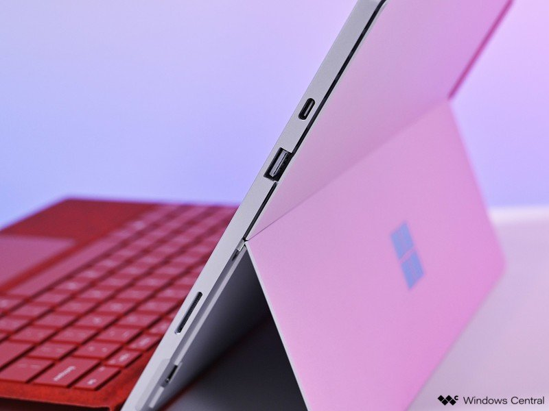 surface-pro-7-review-ports-1.jpg