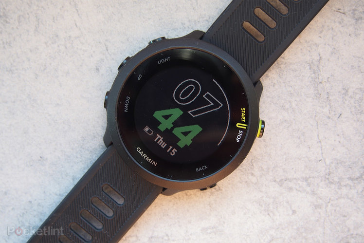 157696-fitness-trackers-review-garmin-forerunner-55-review-image1-xd8snmngrp-2.jpg