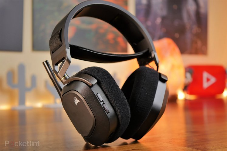 157935-headphones-review-corsair-hs80-rgb-wireless-gaming-headset-review-image10-i8ehp5xwv9-3.jpg