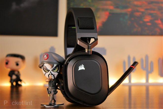 157935-headphones-review-corsair-hs80-rgb-wireless-gaming-headset-review-image12-x5zvlfqco3.jpg