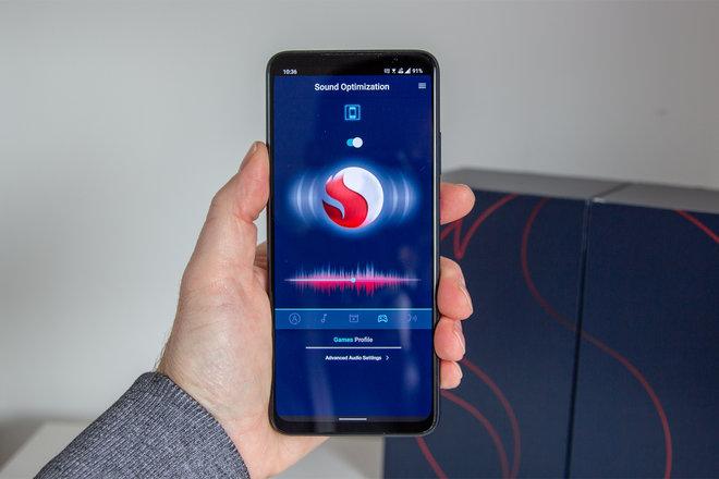 158039-phones-review-hands-on-smartphone-for-snapdragon-insiders-image16-wvpiftbtp3.jpg