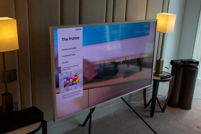 158098-tv-review-hands-on-samsung-the-frame-image5-ymh5droqnu.jpg