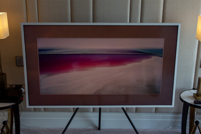 158098-tv-review-hands-on-samsung-the-frame-image8-0z5plzfqmh.jpg