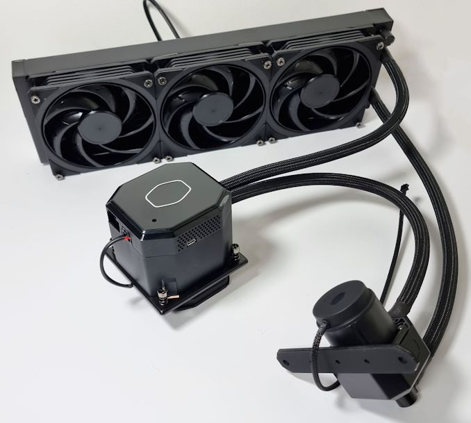 CoolerMaster20Masterliquid20ML36020Cryo20CPU20Cooler_575px.jpg