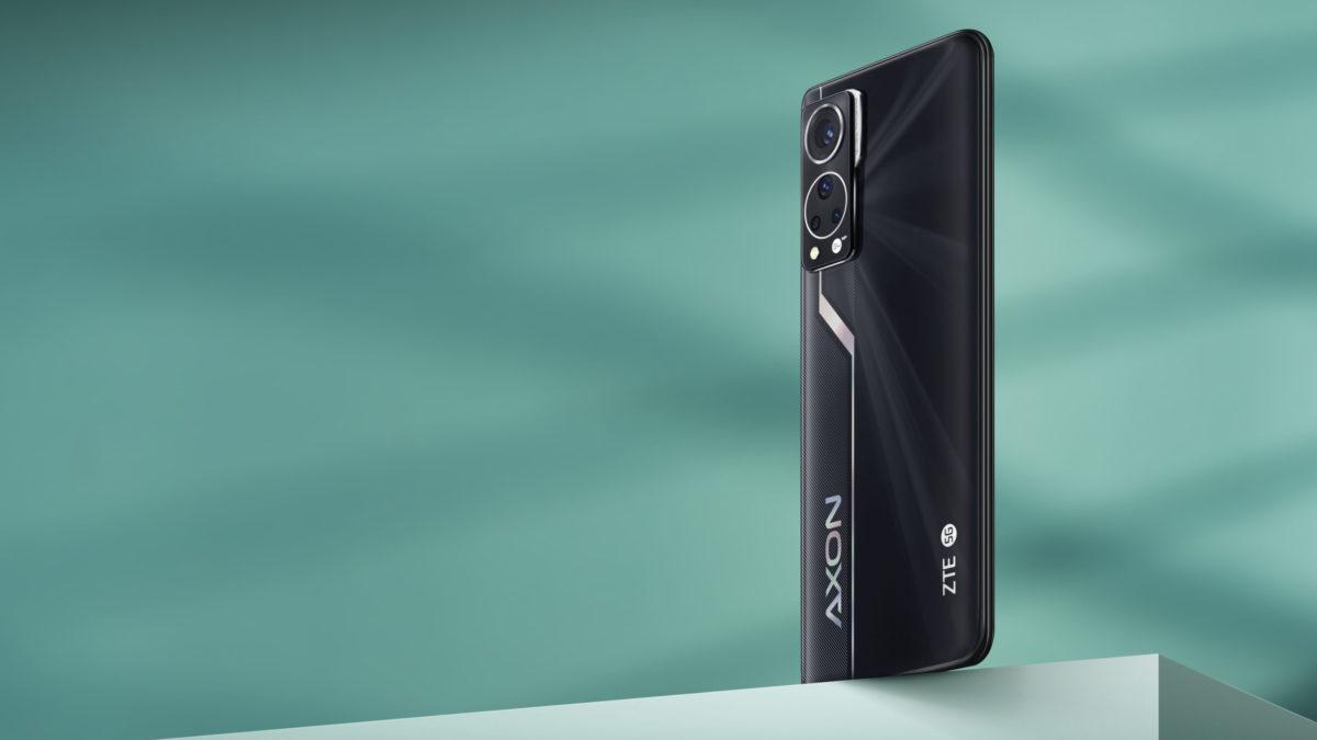 A promo image of the ZTE Axon 30.