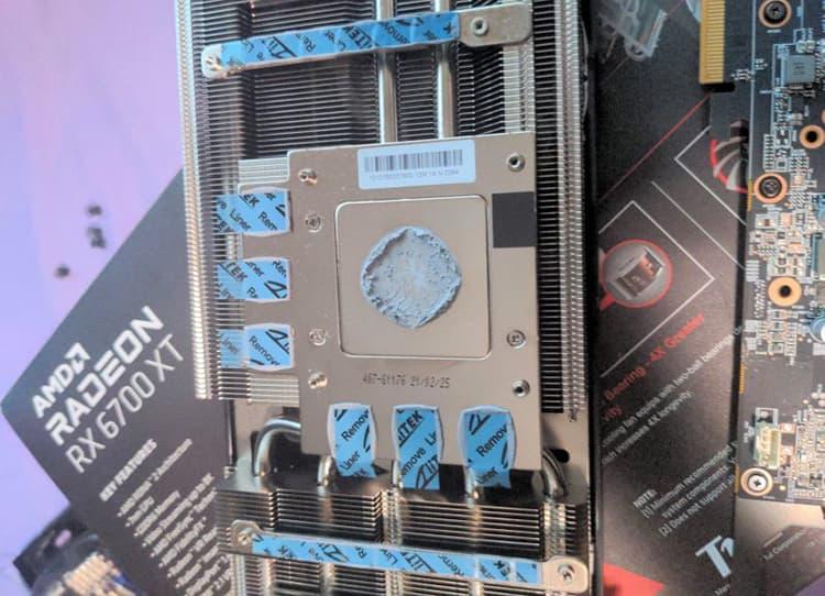 PowerColor RX 6700 XT Plastique pads thermique