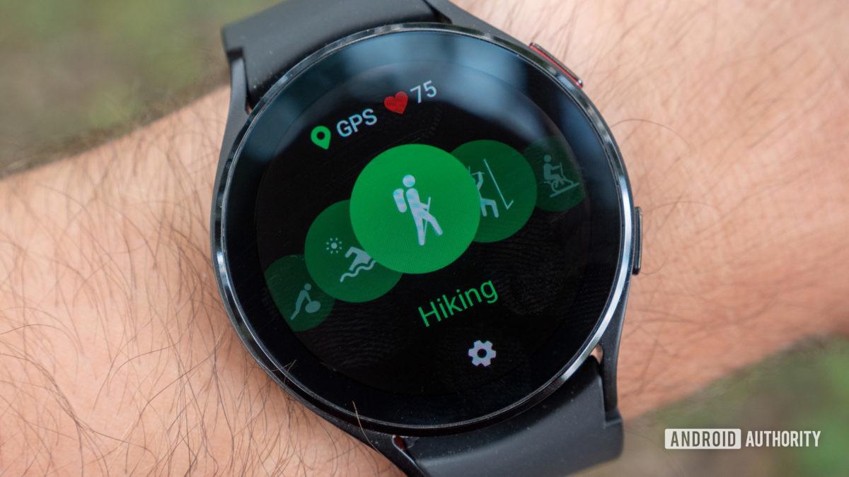 samsung galaxy watch 4 review gps hiking