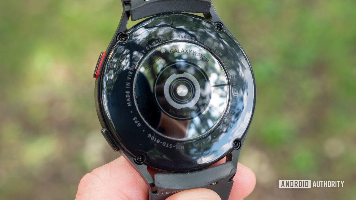 samsung galaxy watch 4 review heart rate sensor