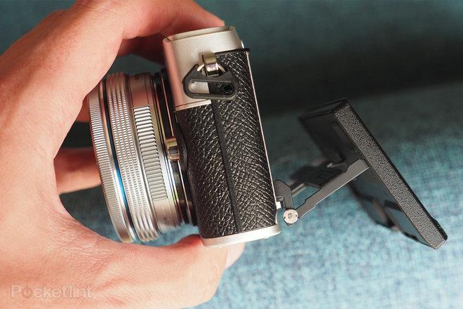 157946-cameras-review-olympus-e-p7-review-image10-8ugpqv52ah.jpg