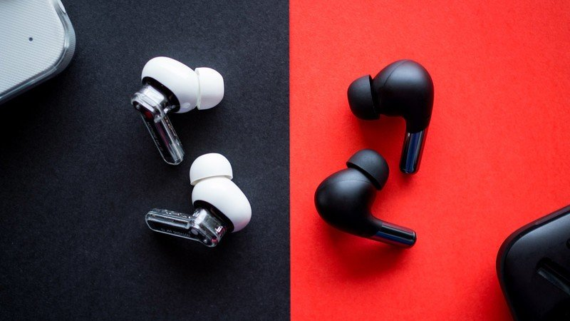 nothing-ear-1-vs-oneplus-buds-pro-6.jpg